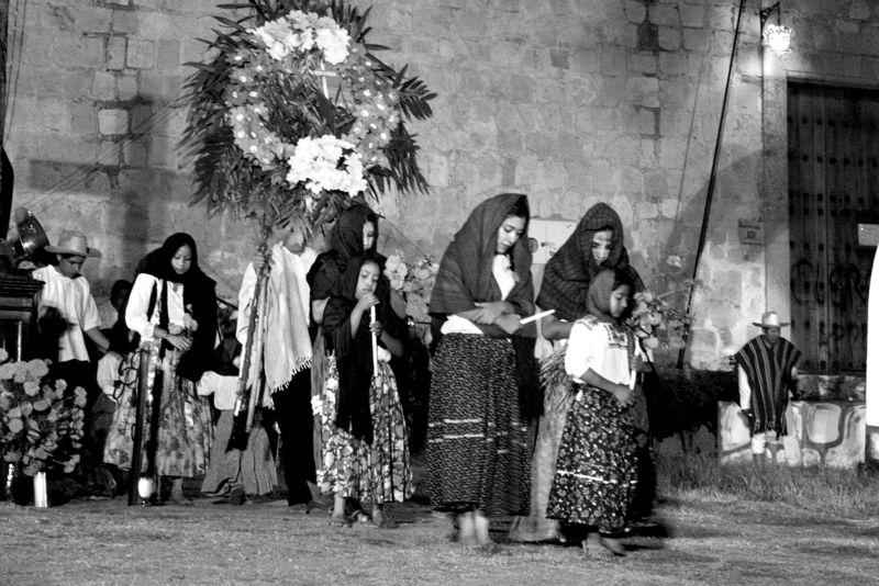 Novenario Para Difuntos Y Levantamiento De La Cruz