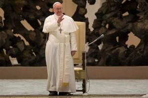 Aula Pablo VI - Francisco I recibe 6000 pariodistas